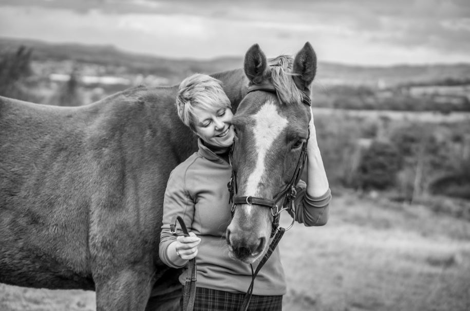 Dr Tracey Cole, the UK's leading equestrian-focused NLP, Time Line Therapy and hypnotherapy coach, is pleased to announce that her highly-popular Empowered Equestrian Coach Training