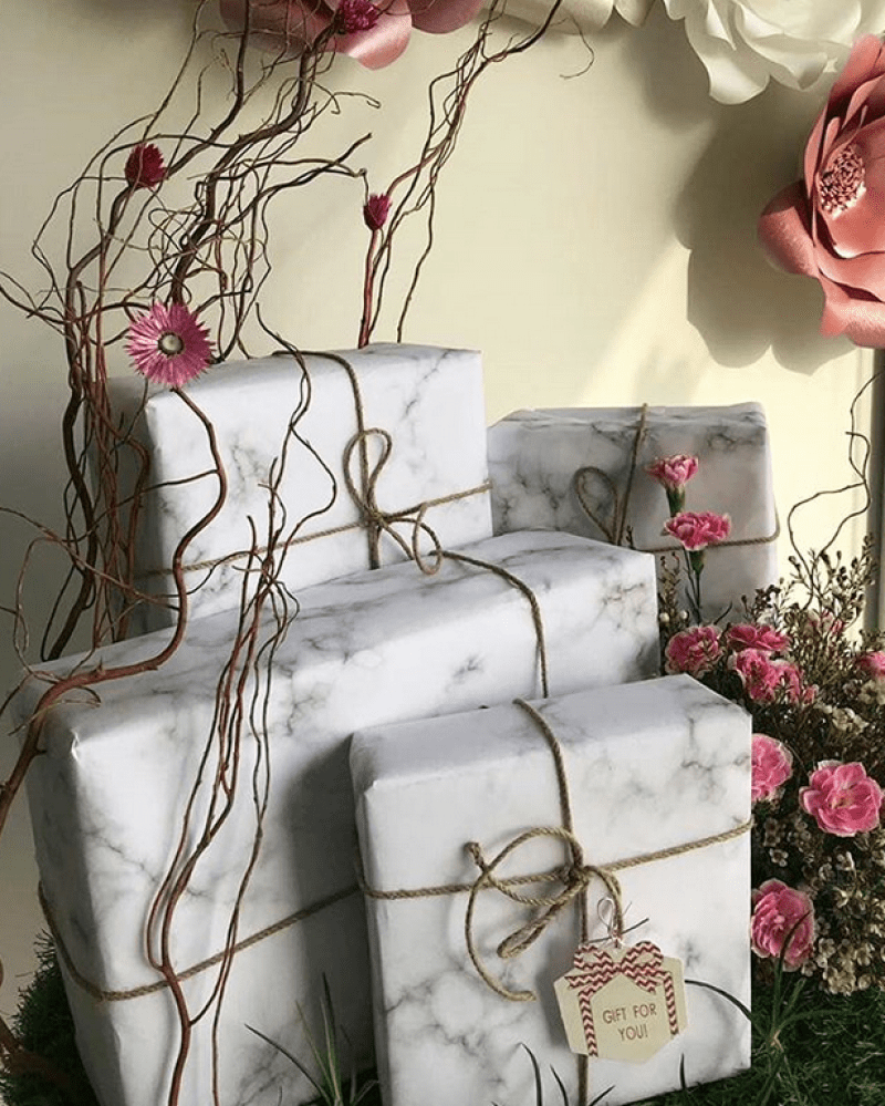 Marble paper and natural cord - by geraldkurag florist