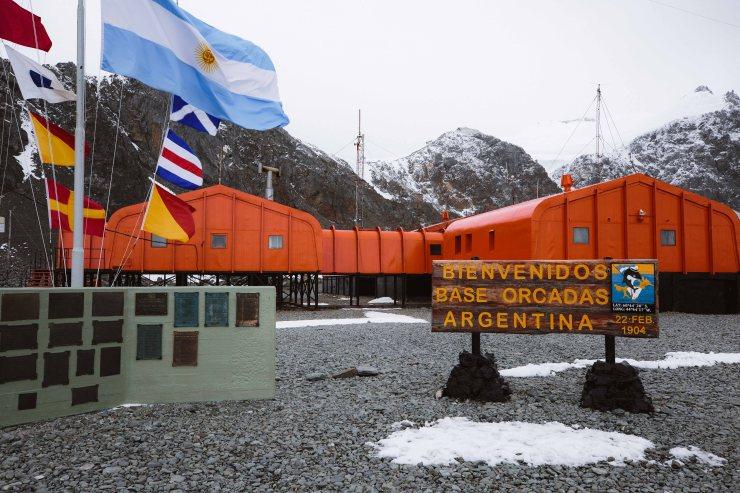 Die argentinische Base Orcadas auf den South Orkney Islands ist die älteste, ganzjährig bewohnte Station in der antarktischen Region.