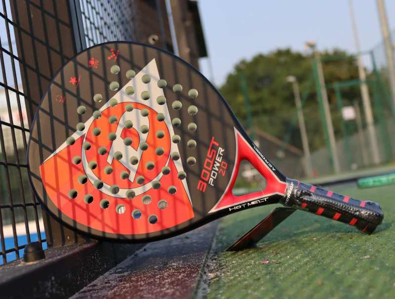 how to choose a padel racket for beginner players