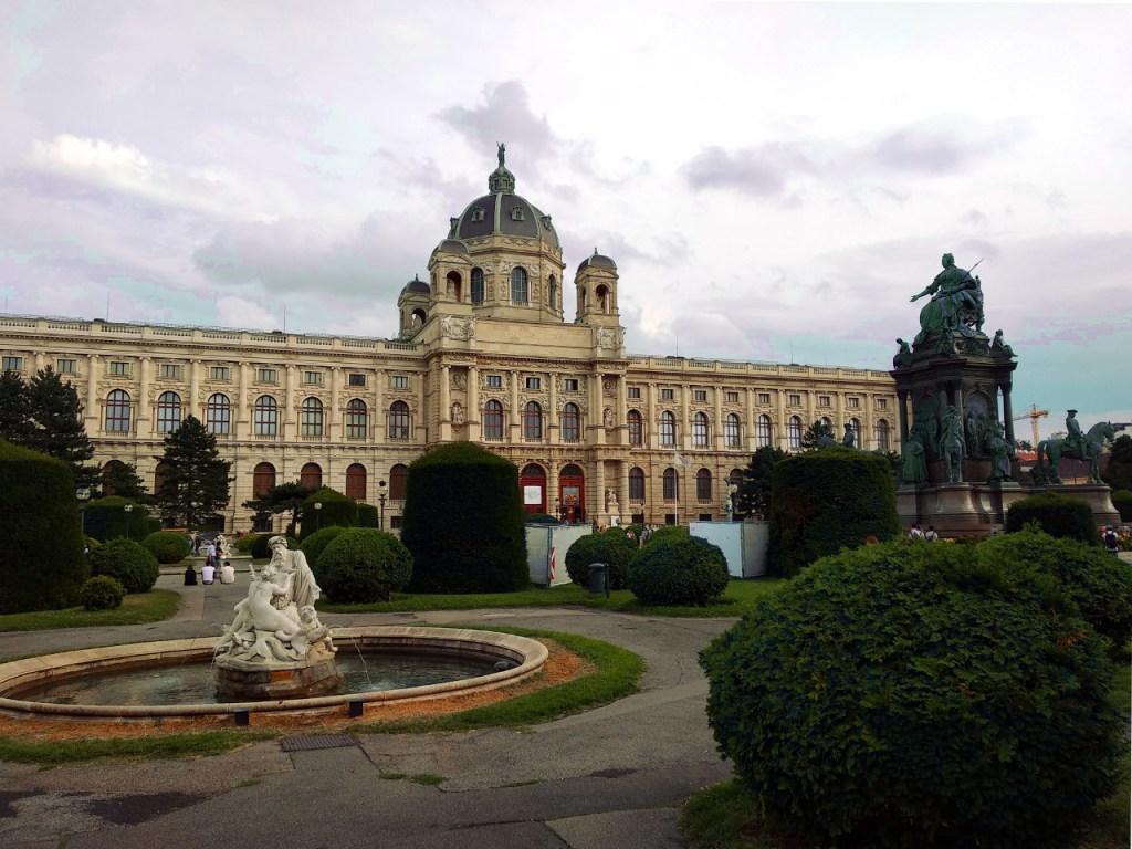Blick auf das naturhistorische Museum