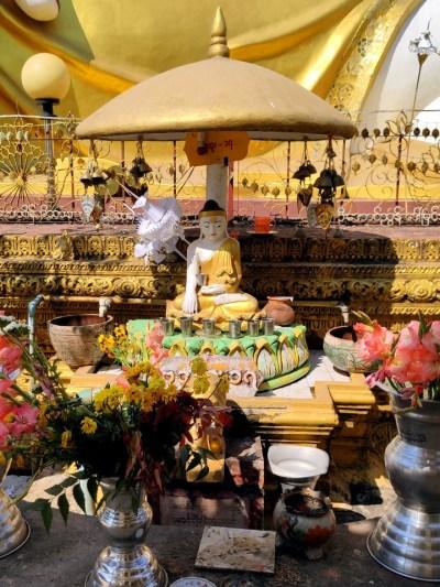Buddha-Schrein in Bago