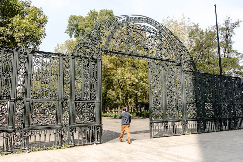 Backpacking Mexico City Travel Tips: Visiting Chapultepec Park