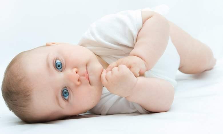 اسباب بكاءطفلي الرضيع