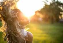 Photo of أفضل 3 أنواع شامبو لمشكلة جفاف الشعر بالصيف