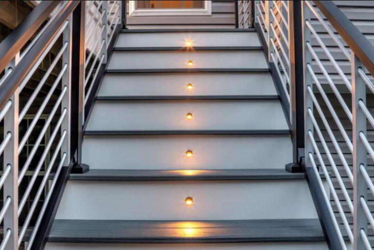 Modern and Natural Handrail Idea