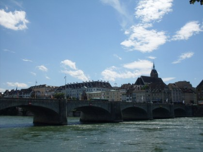 Basel river rhine, vinneve3
