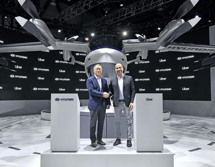 Hyundai Uber Aerial Ridesharing Partnership Ceremony-4