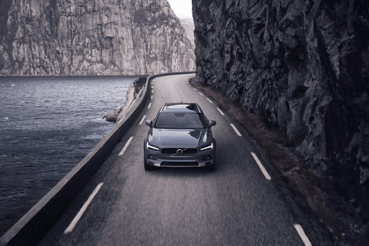 Volvo V90 B6 AWD Cross Country