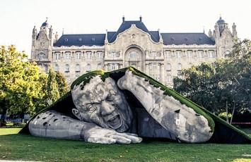 Popped Up de Ervin Loranth Herve-Budapest-Hungria 01