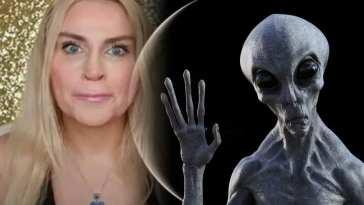 Γυναίκα λέει ότι καψουρεύτηκε εξωγήινο