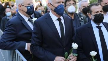 Φώφη Γεννηματά: Με λευκά τριαντάφυλλα