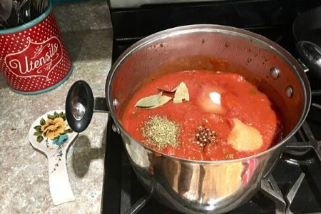 Spaghetti sauce ready for batch cooking