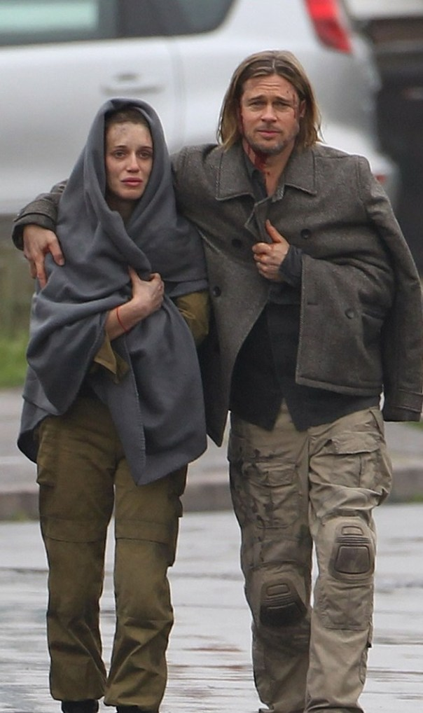 """Exclusive... Brad Pitt Heads Back Into """"World War Z"""" NO INTERNET USE WITHOUT PRIOR AGREEMENT"""