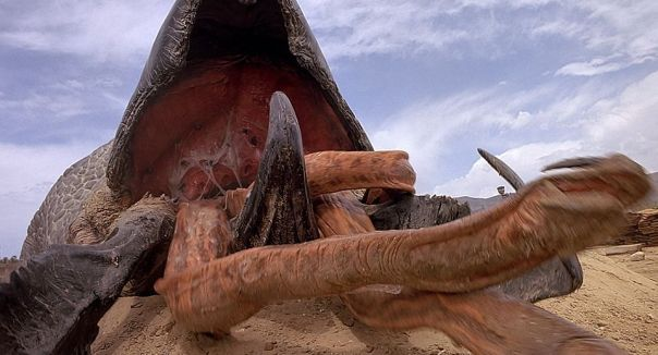tremors-2-rumor-mill-is-a-tremors-reboot-on-the-way