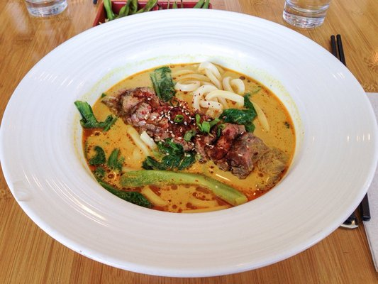 grilled-niman-ranch-beef-udon-coconut-lime-curry