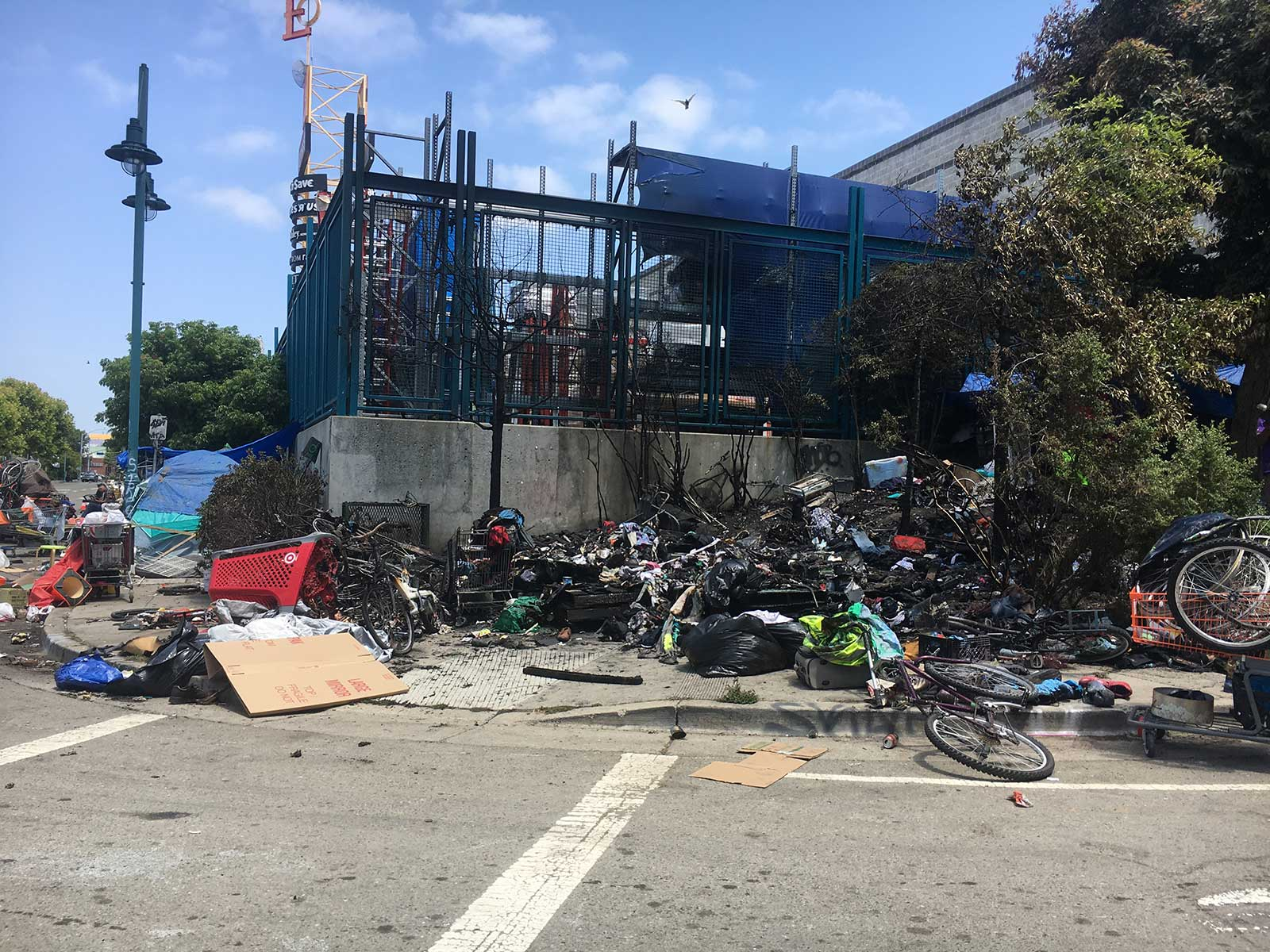 7383fa078424 'Explosion' at Home Depot Homeless Encampment rattles Emeryville and West  Oakland Neighbors