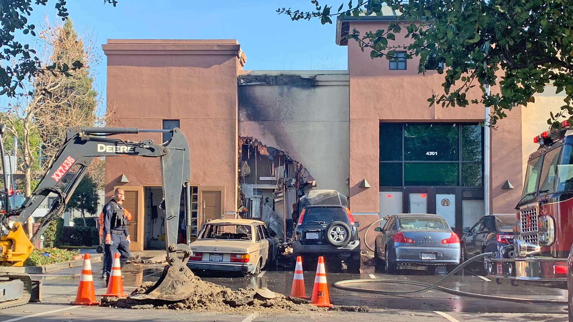 Fire & Gas Leak from Vehicle Collision shuts down Arizmendi Bakery