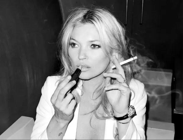 Smoking-Kate-Moss