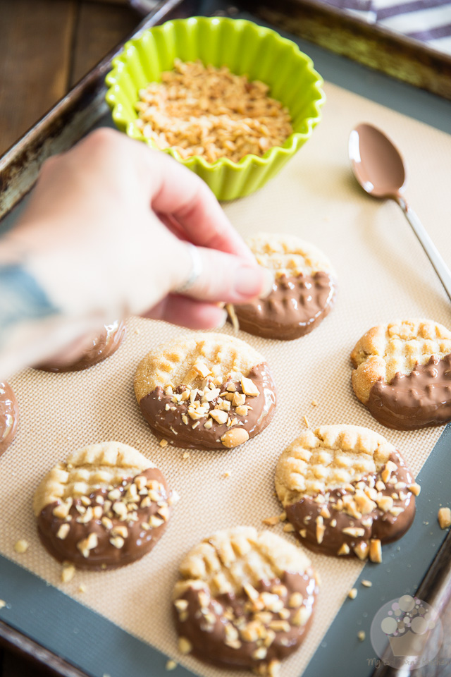 Chocolate Dipped Peanut Butter Cookies by My Evil Twin's Kitchen | Step-by-step instructions on eviltwin.kitchen
