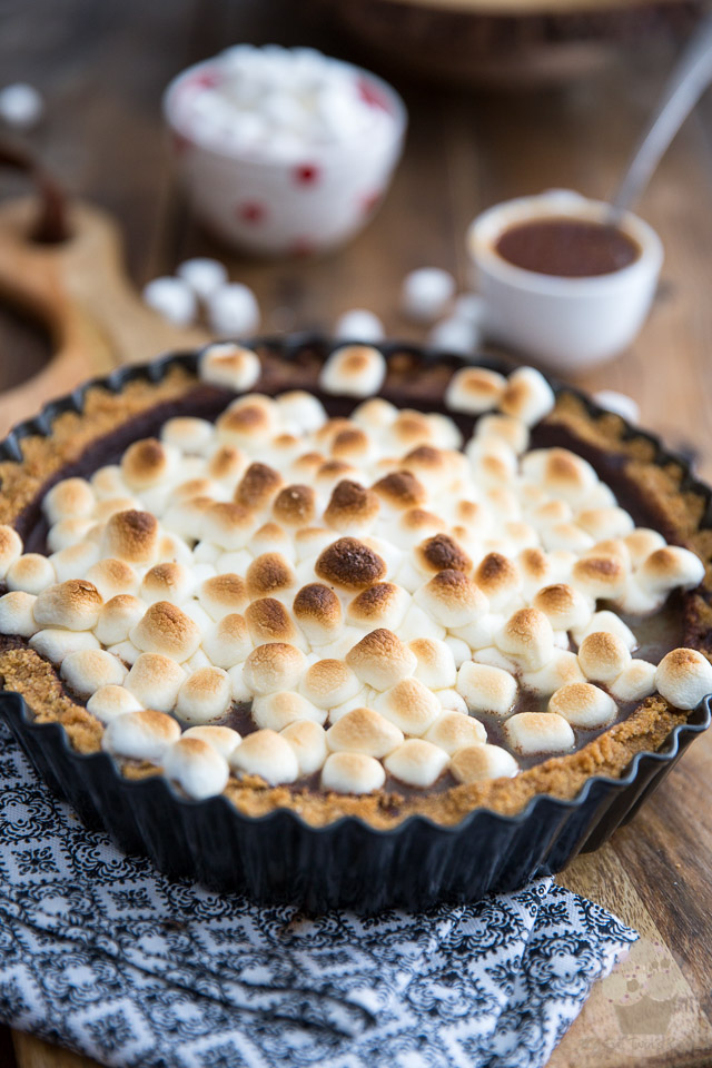 Salted Caramel S'mores Pie by My Evil Twin's Kitchen | Recipe on eviltwin.kitchen