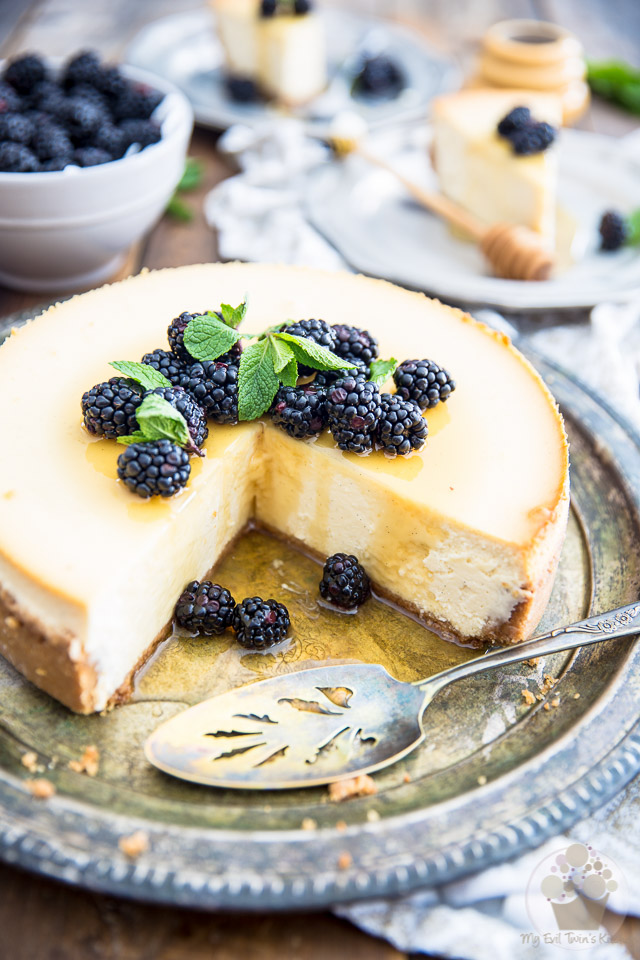Blackberry Honey Goat Cheese Cheesecake by My Evil Twin's Kitchen | Recipe and step-by-step instructions on eviltwin.kitchen