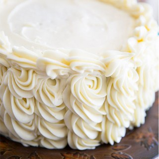 Perfect Pipeaple Cream Cheese Frosting