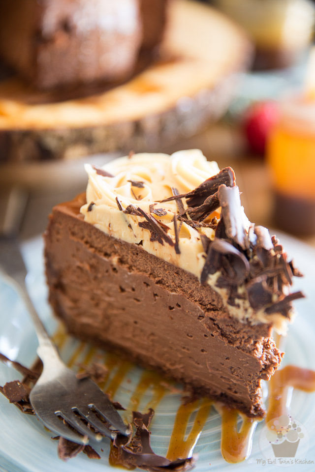 This Stout Dark Chocolate Cheesecake with White Chocolate Bailey's Ganache is so creamy you'd swear it was a mousse! And that ganache? There are no words...