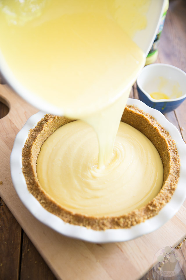 Classic Key Lime Pie by My Evil Twin's Kitchen | Recipe and step-by-step instructions on eviltwin.kitchen