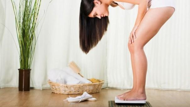 Исследования: частая проверка своего веса приводит красстройствам психики