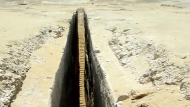 В Египте нашли лестницу, уходящую под землю