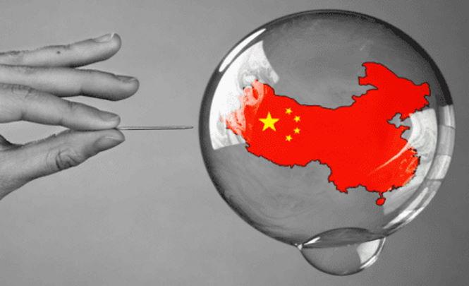 В понедельник, с началом торгов, Китайская экономика может лопнуть, как мыльный пузырь.