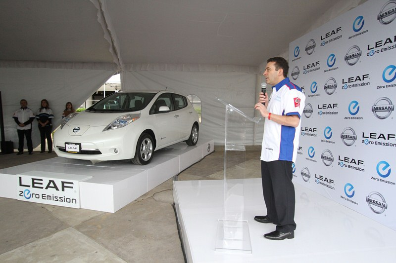 Nissan becomes the first company to sell a 100% electric vehicle