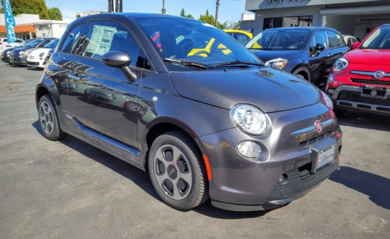Fiat 500e grey 3 enhanced