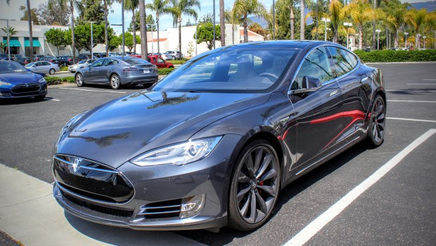 Tesla Now Offering To Match Carmax Trade-In Offers