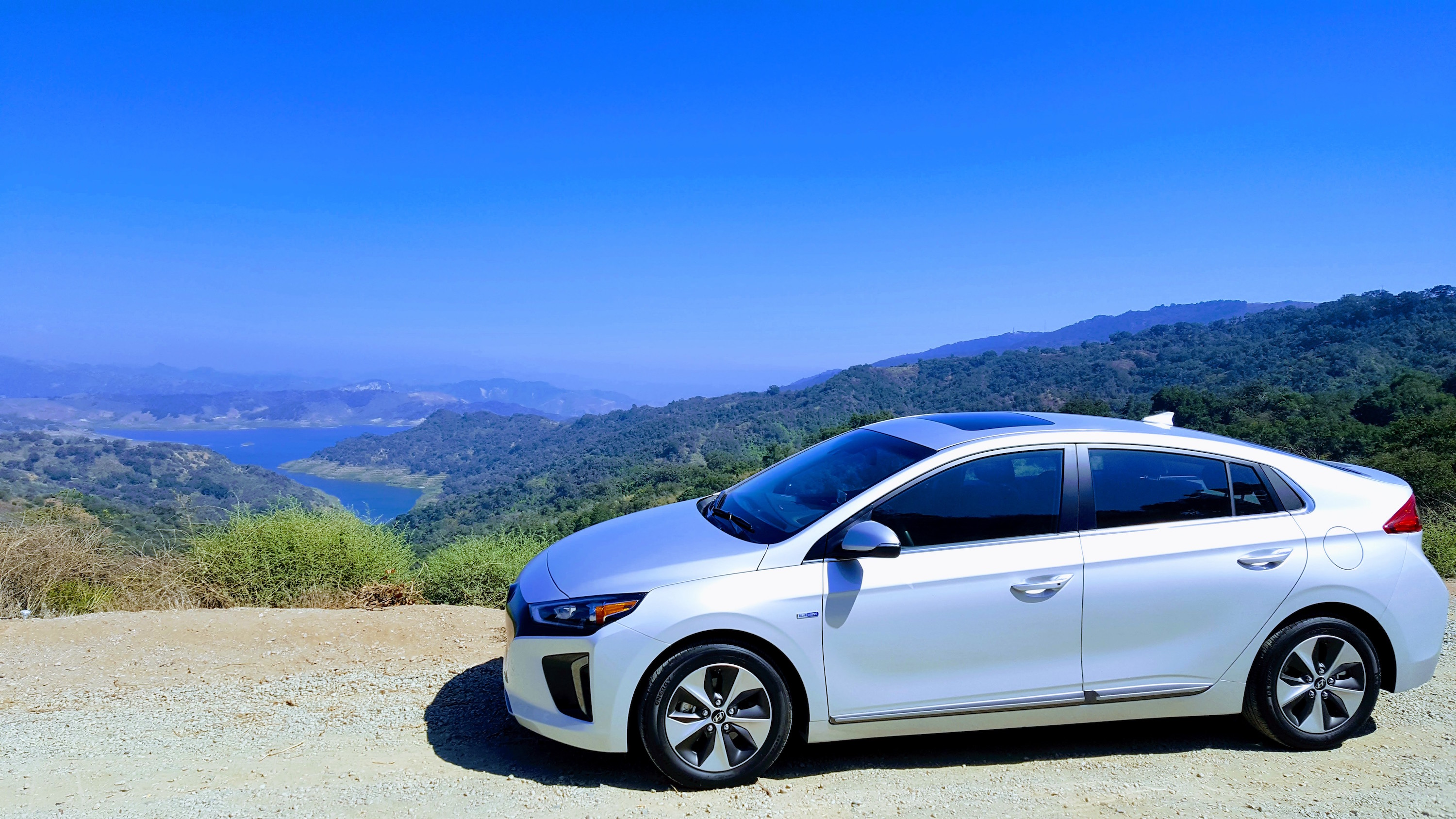 10 Electric Cars With Most Range — New! −