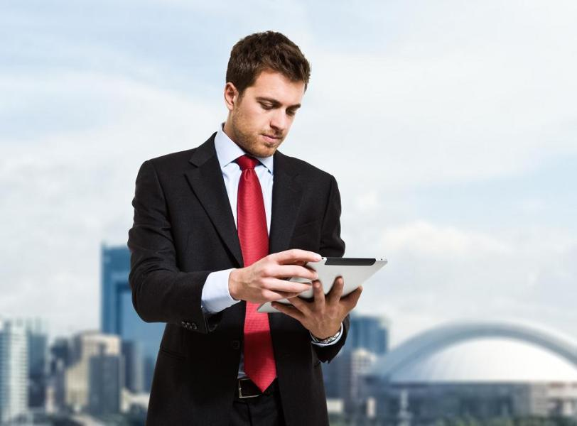 Meeting the Needs of the Professional Development Market with Mobile     Meeting the Needs of the Professional Development Market with Mobile  Learning   The EvoLLLution