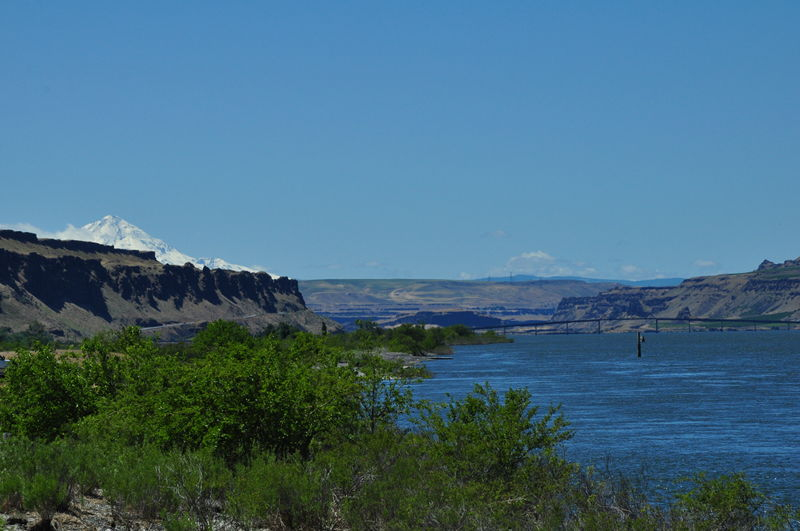 Picture of a mountain from Rufus Landing in Oregon while boondocking on our full time RV adventure.