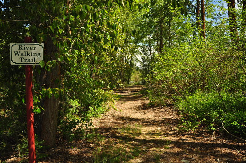 River walking trail at Whispering Pines RV park in Cle Elum, WA during our stay here while living in our RV full time.