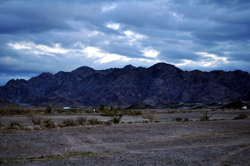 A cloudy day with the mountains near American Girl Mine road in Arizona.