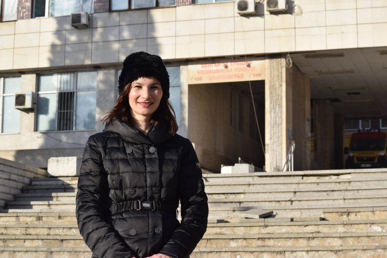 31-годишната Даниела Тушлекова споделя притесненията си по повод факта, че тютюнопушенето в България намира все по-голяма почва за развитие у подрастващите