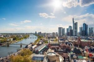 Le nouveau centre financier de l'Union européenne : de la Tamise au Main - EVS Translations