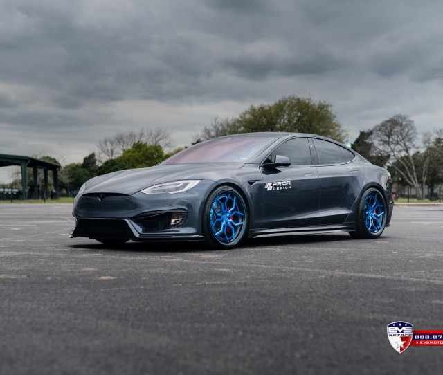 Evs Motors X Prior Design Pd Tesla Model S Chrome Deletion Mixed With Carbon Fiber Accents On Door Handles And T Badges