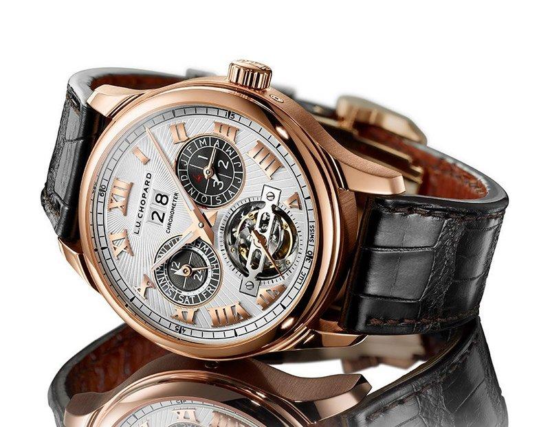 красив мъжки луксозен часовник