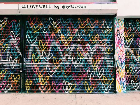 Love Wall Street Art Los Angeles