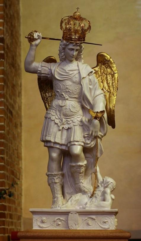 Św. Michał Archanioł, cudowna figura z Gargano
