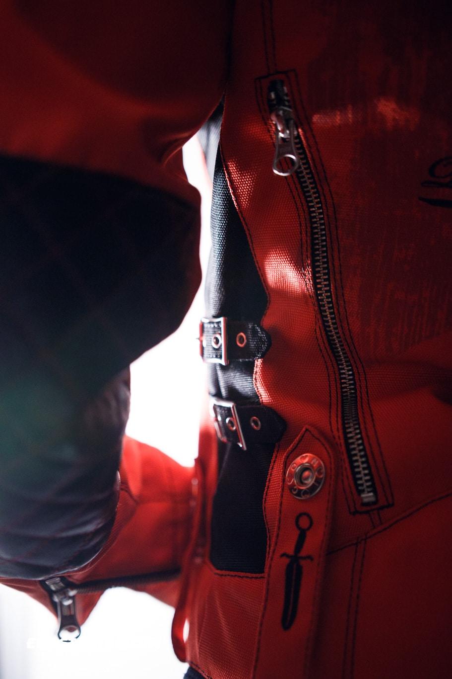 ewastunts_icon_jacket-30