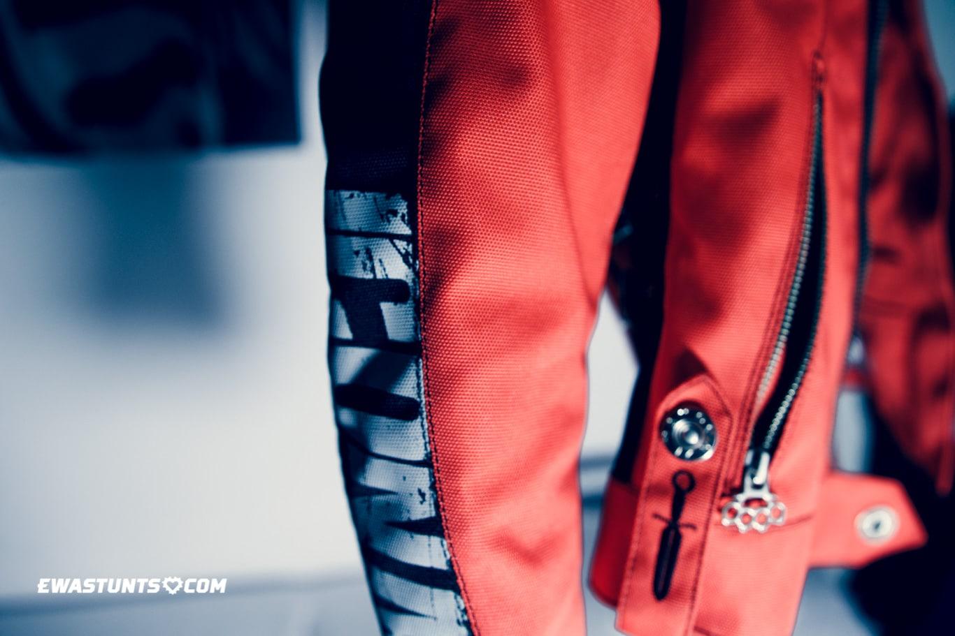ewastunts_icon_jacket-39