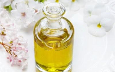 Płukanie jamy ustnej olejem