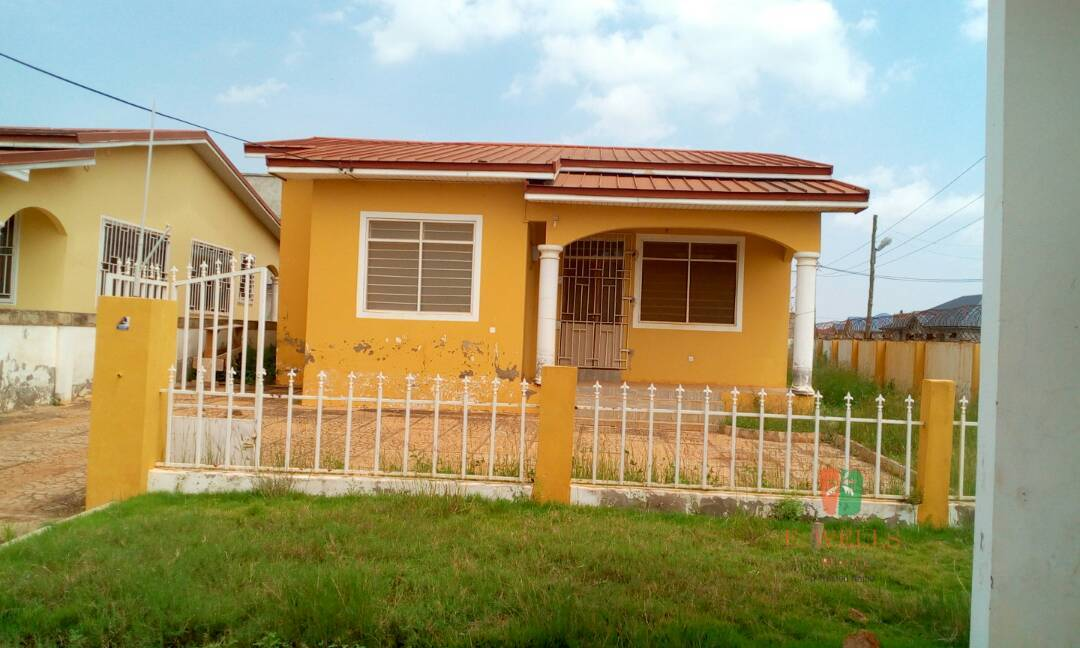 3 Bedroom House For Sale At Cambodia, Spintex Road